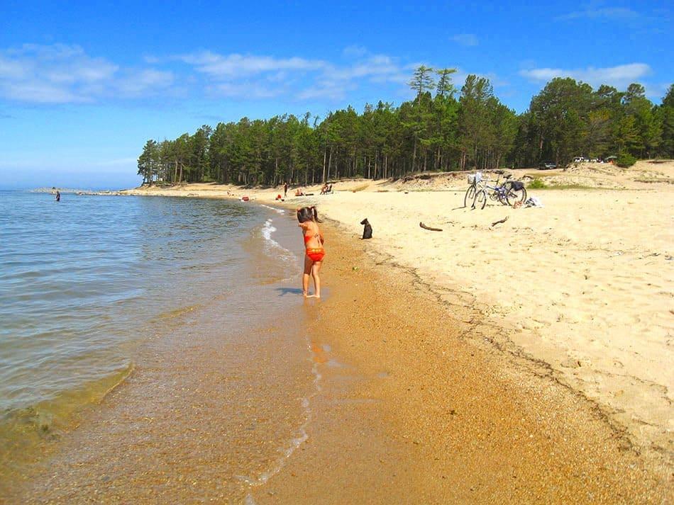 утро на байкальском пляже (Горячинск)